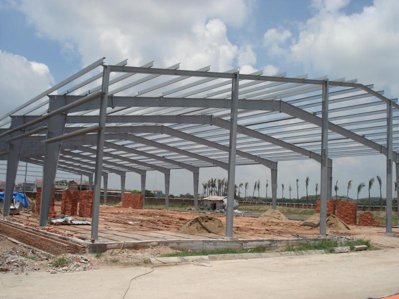 xây dựng nhà xưởng khung thép